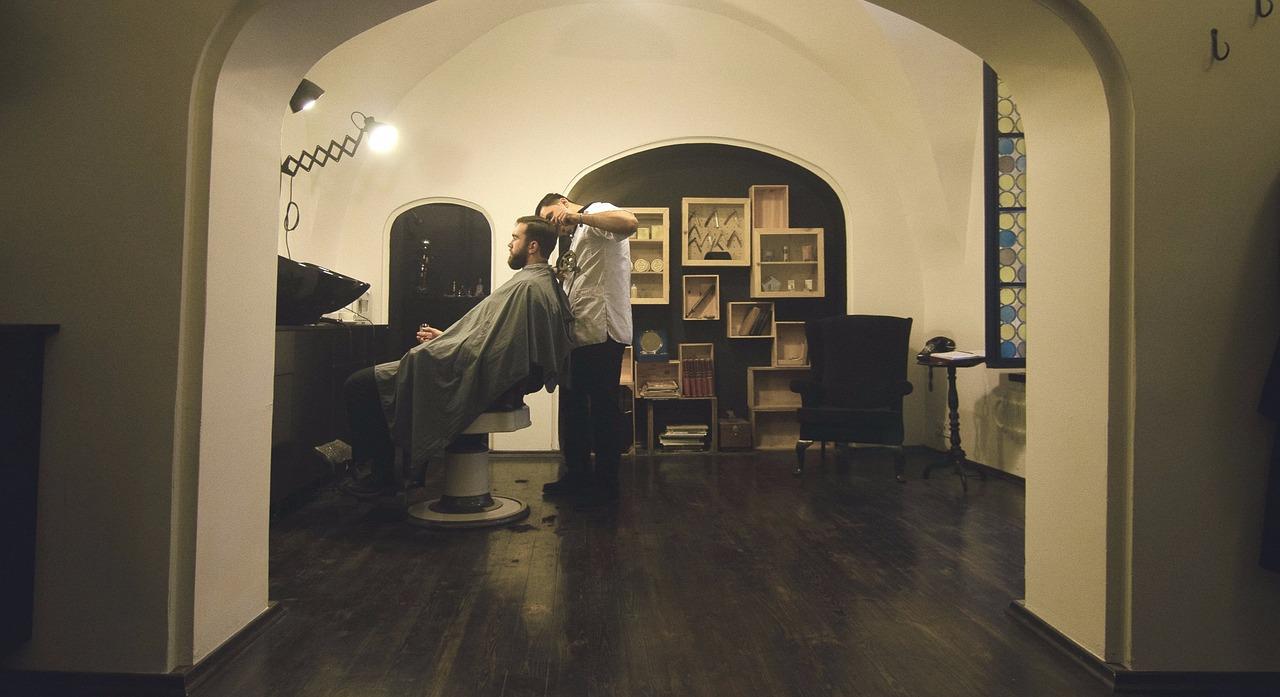 横浜反町美容室YUME-YUIで髪に優しく縮毛矯正アイロン工程画像