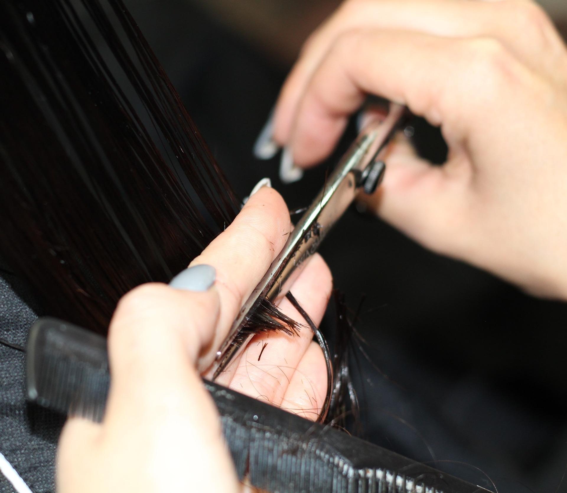 横浜反町美容院ユメユイの弱酸性縮毛矯正とデジタルアイロンパーマの微調整カット画像